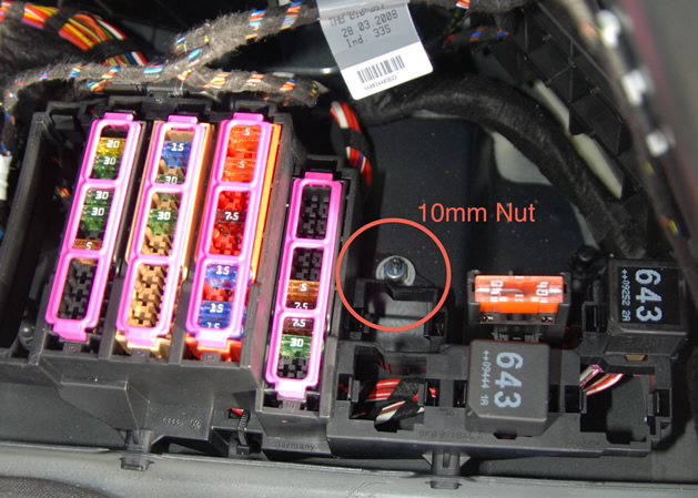 Fuse Box On A Audi A4 2002 : B audi a fuse box wiring diagram images